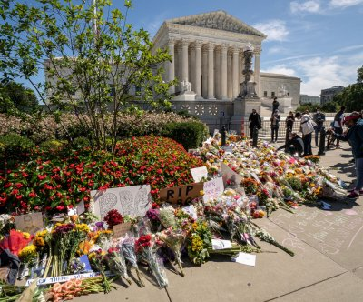 Ruth Bader Ginsburg to lie in repose at Supreme Court, lie in state at Capitol