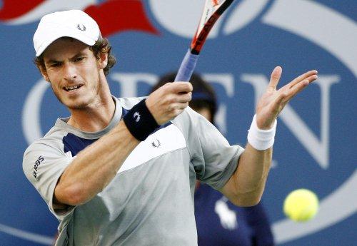 Murray makes Masters Cup semifinals