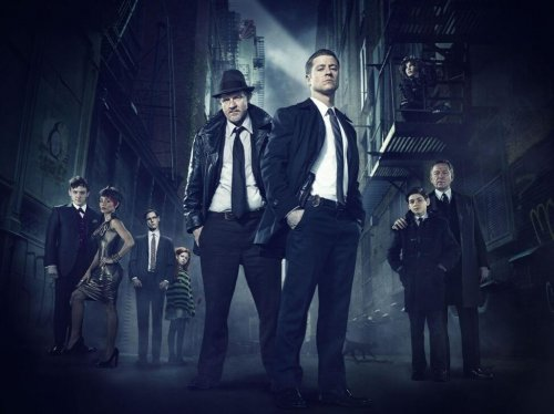 New 'Gotham' trailer stars the 'most dangerous villains around'