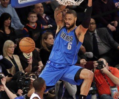 Phoenix Suns land Chandler, retain Knight