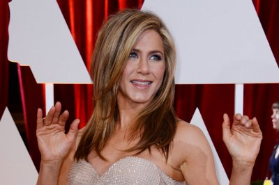 Jennifer Aniston joins Robert De Niro film 'The Comedian'