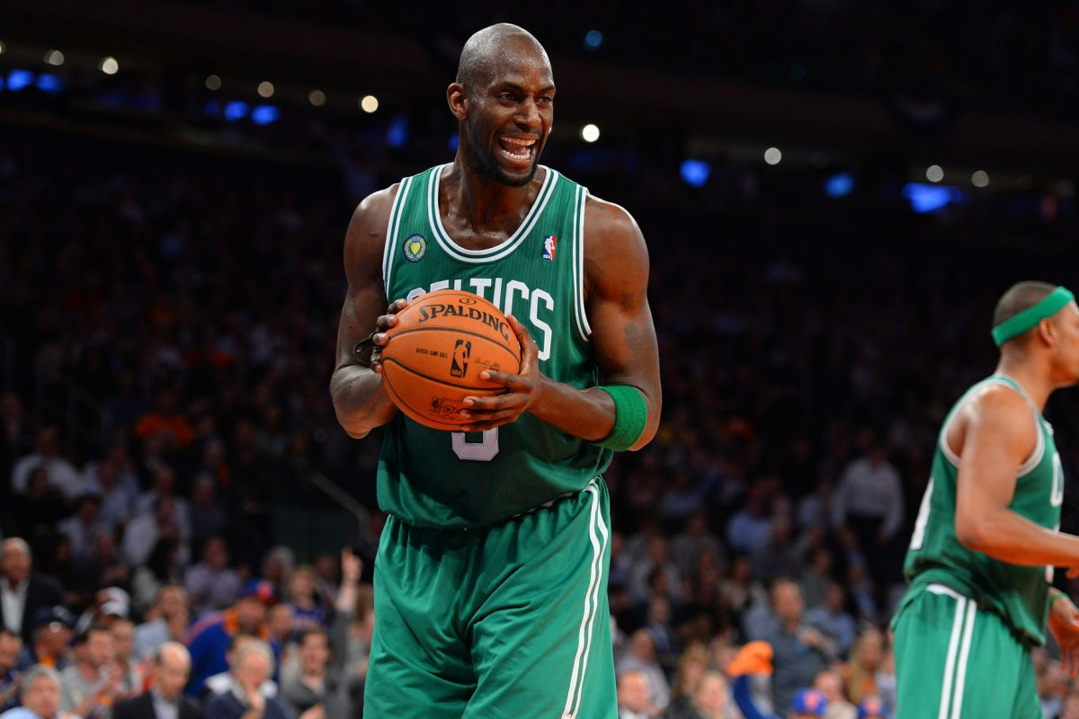 Tyronn Lue Cleveland Cavaliers attempt to lure Kevin Garnett out