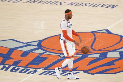 President Steve Mills says forward Carmelo Anthony could remain with New York Knicks