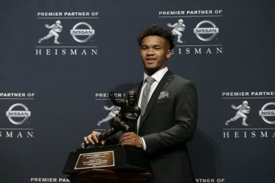 Oklahoma Sooners QB Kyler Murray apologizes for offensive tweets