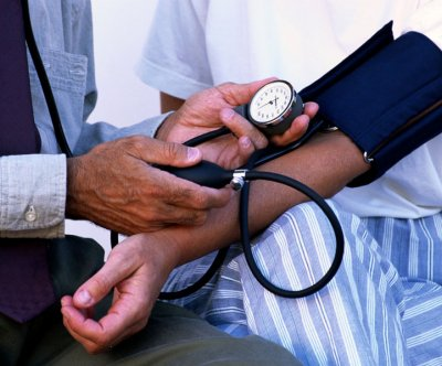 Study: At-home blood pressure monitors work best for black patients
