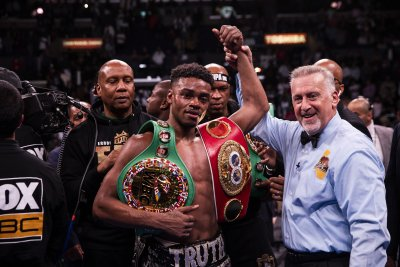 Boxer Errol Spence Jr. charged with DWI after Ferrari crash