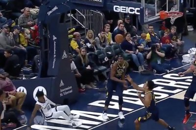 Rookie Ja Morant takes scary fall into cameraman, returns for Grizzlies