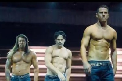 Channing Tatum strips down in new 'Magic Mike XXL' trailer