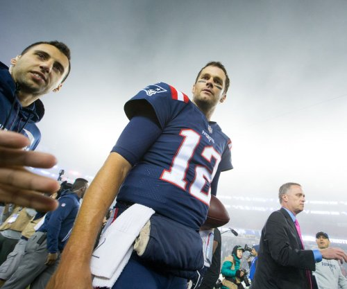 New England Patriots: Tom Brady's cancer-surviving mom honored before game