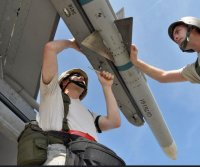 Raytheon receives $74M contract for AMRAAM missile integration