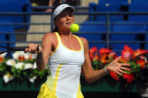 Hantuchova struggles but wins in Bali