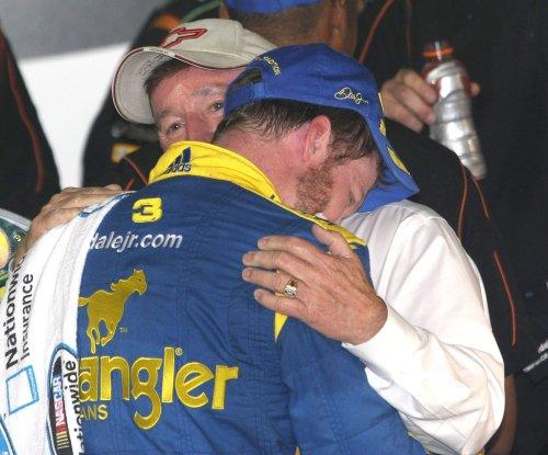 Tributes, questions on Dale Earnhardt fatal crash anniversary