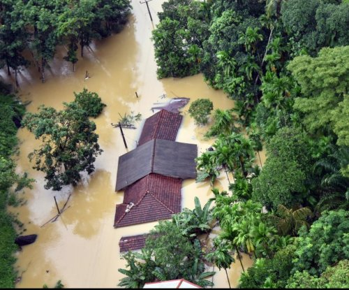 Dozens killed after flooding, mudslides in Sri Lanka