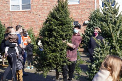 Weather a factor in Christmas tree shortage that hit some farmers this year