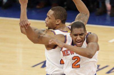 New York Knicks snap skid, outlast Detroit Pistons in 2-OT