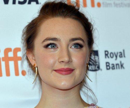 Saoirse Ronan, Benicio del Toro to receive Hollywood Film Awards