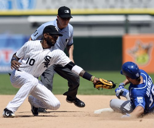 San Diego Padres, SS Alexei Ramirez complete one-year deal