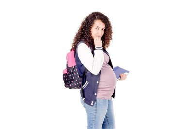 States should help struggling teen moms, poll finds