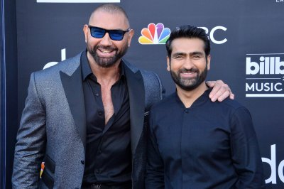 Dave Bautista, Kumail Nanjiani to present at ESPY Awards