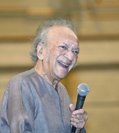 Sitar maestro Ravi Shankar dead at 92