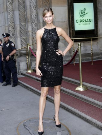 Karlie Kloss is the new face of L'Oreal Paris