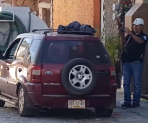 Six decapitated bodies found inside car in Mexico