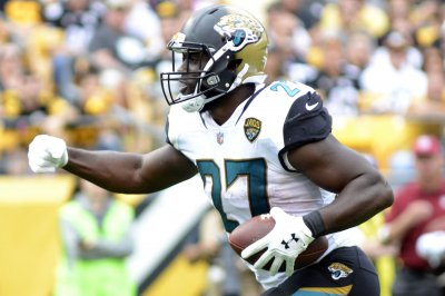 Jacksonville Jaguars hold off Cleveland Browns in defensive struggle