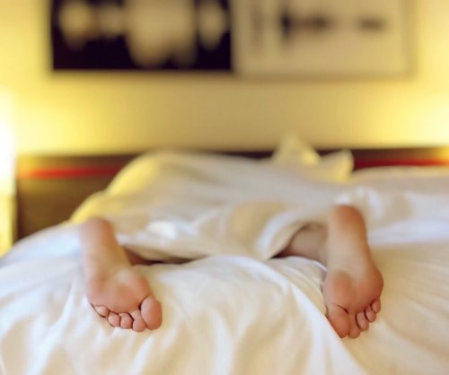 Lack of sleep can make pain worse, study shows