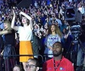 Taylor Swift spotted dancing with Beyonce at Justin Timberlake show