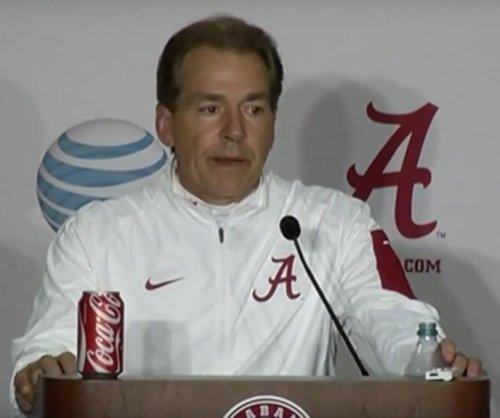 Alabama pounds LSU in SEC clash