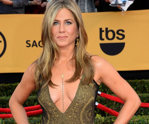 Jennifer Aniston to play sports manager Denise White in 'The Fixer'