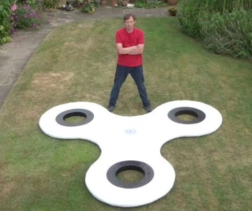 British inventor shows off world's largest fidget spinner