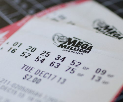 No Mega Millions winner Friday; jackpot climbs to $493 million