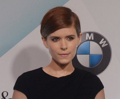 Kate Mara's dad not a fan of her pixie haircut