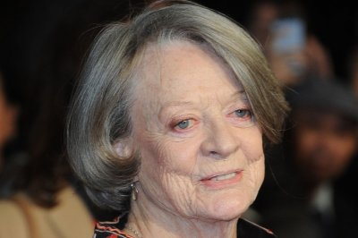 Maggie Smith says she's not the reason 'Downton Abbey' ended