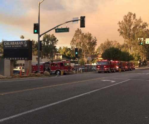 Los Angeles-area fire that injured 2 firefighters now 80 percent contained