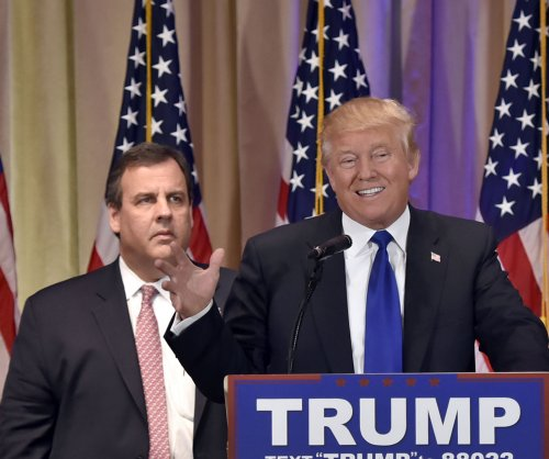 Report: Chris Christie still being considered for Trump Cabinet posts