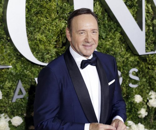'House of Cards': Production to resume in early 2018 without Kevin Spacey