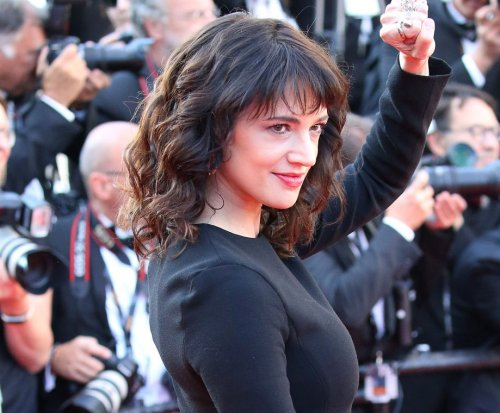 Asia Argento posts photo with Anthony Bourdain from days before his death
