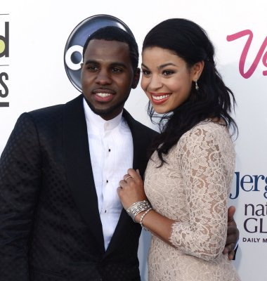 Jordin Sparks got 10,000 roses from Jason Derulo for Valentine's Day