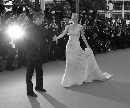 Charlize Theron and Sean Penn call it quits