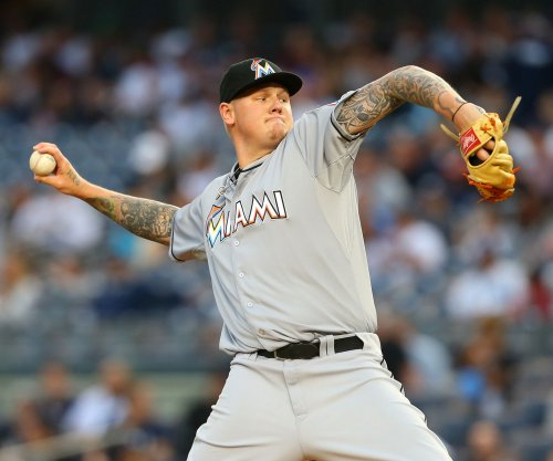 Los Angeles Dodgers trade for Mat Latos, Mike Morse from Miami Marlins