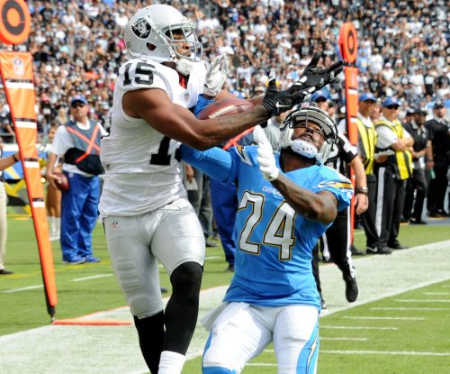 San Diego Chargers place CB Brandon Flowers on IR