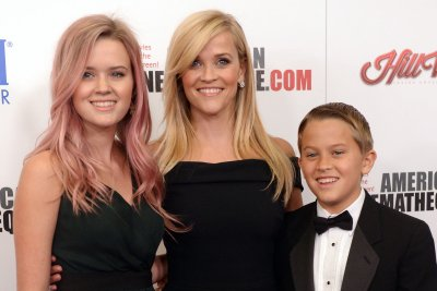 Reese Witherspoon's daughter debuts at high-fashion ball