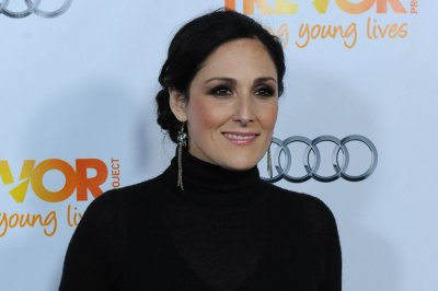 Ricki Lake shares 'painful' struggle with hair loss