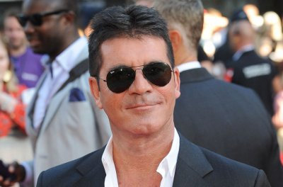 Simon Cowell thanks fans, medical staff after bike accident