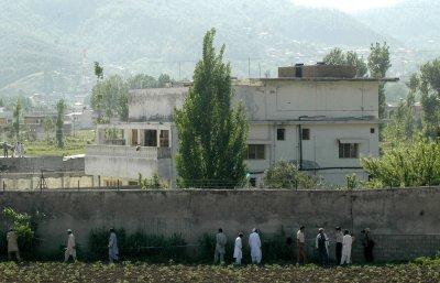 Officials spar on source of bin Laden tip