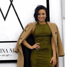 Demi Lovato signs contract with Wilhelmina Models