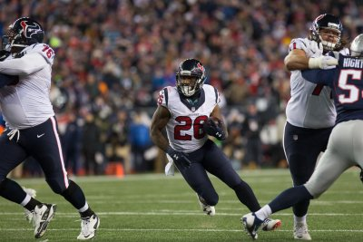 Texans RB Lamar Miller ruled out vs. Eagles
