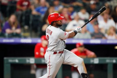 Reds' Phillip Ervin records six hits in win over Rockies